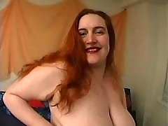 Fat girl taking good pussy massage in chubby porn clips