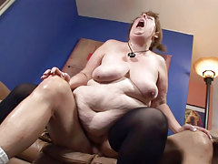Big fat woman sucking dick & getting her gentile pounded!