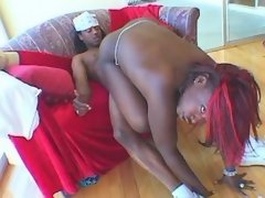 Guy fucks ebony n jizzes on her ass